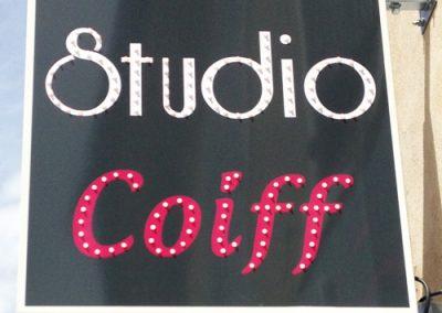 enseigne-drapeau-studio coiff